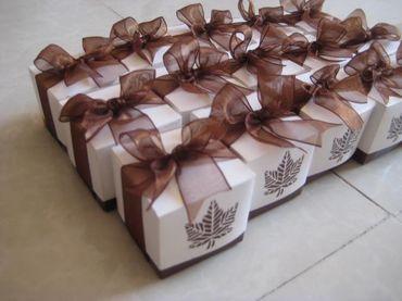 Hộp quà cưới tổng hợp - Bánh May Mắn - Hình 32