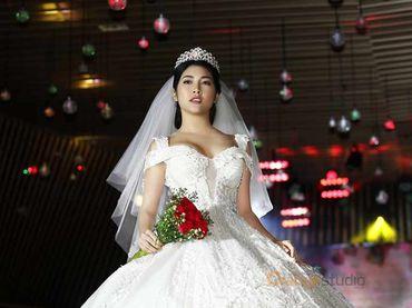 Combo thuê váy cưới - Orange Studio - Hình 4
