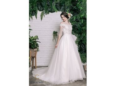 Váy cổ tròn tay lỡ đắp ren tay ngang - Caroll Trần Design - Hình 1