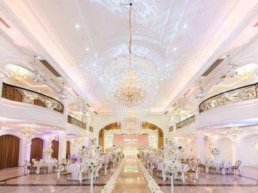 Gói dịch vụ Queen Bee Luxury - 472.500đ/người bàn tiệc 10 người/bàn - Trung tâm tổ chức sự kiện và tiệc cưới Queen Bee - Hình 5