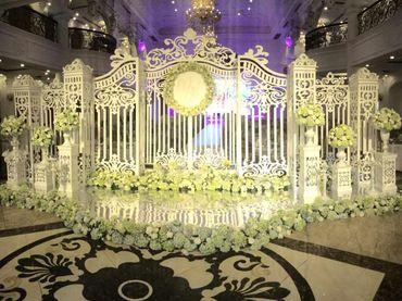 Gói dịch vụ Queen Bee Luxury - 472.500đ/người bàn tiệc 10 người/bàn - Trung tâm tổ chức sự kiện và tiệc cưới Queen Bee - Hình 2