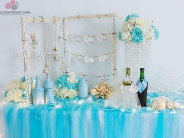 Bàn Gallery tông xanh Tiffany - Tự Trang Trí Đám Cưới - Hình 1