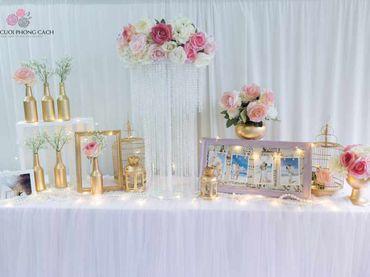 Bàn Gallery tông hồng Pastel quyến rũ - Tự Trang Trí Đám Cưới - Hình 2