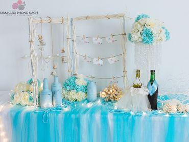 Bàn Gallery tông xanh Tiffany - Tự Trang Trí Đám Cưới - Hình 2
