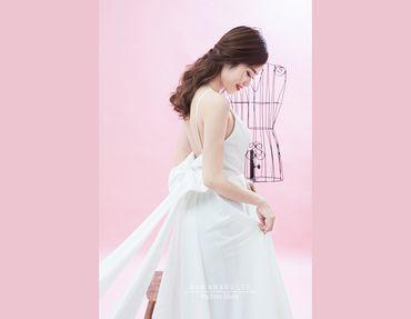 Váy cưới nhẹ nhàng, đơn giản - Big Eyes Studio - Hình 4