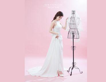 Váy cưới nhẹ nhàng, đơn giản - Big Eyes Studio - Hình 6