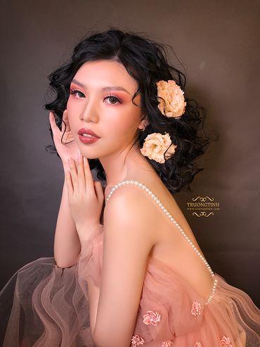 Trang điểm cô dâu đẹp - Trương Tịnh Wedding - Hình 3