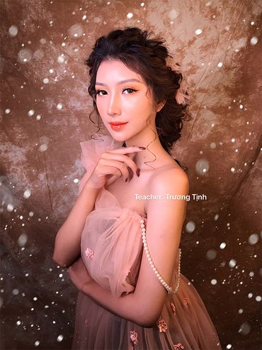 Trang điểm cô dâu đẹp - Trương Tịnh Wedding - Hình 15