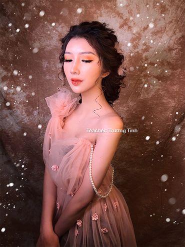 Trang điểm cô dâu đẹp - Trương Tịnh Wedding - Hình 5
