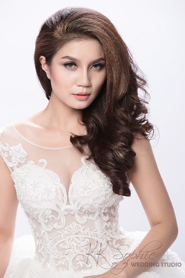 Makeup cô dâu - KK Sophie Wedding Studio - Hình 5