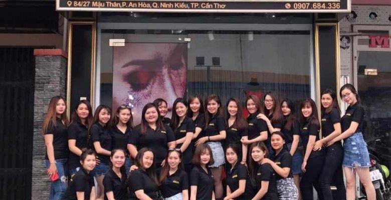 Hoàng Ngân Make up Store - Hình 3