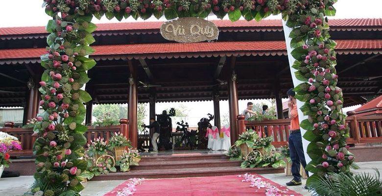 Áo cưới Quốc Nhung - Hình 8