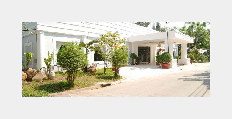 Nhà hàng Bến Hồ Palace - Huyện Củ Chi - Thành phố Hồ Chí Minh - Hình 1