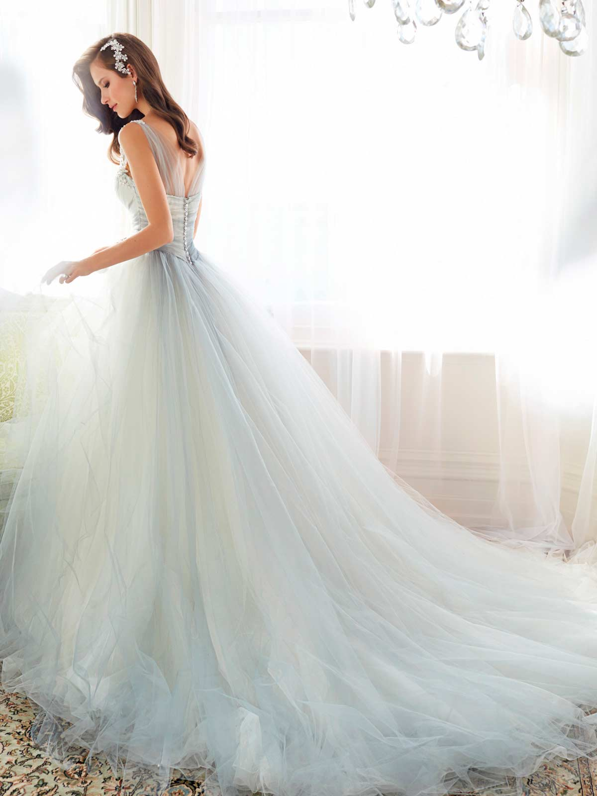 Bst v y c i u i c c i n tuy t p t sophia tolli marry for Designer brand wedding dresses