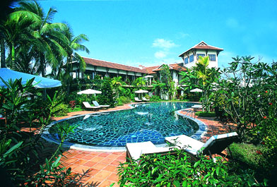 khu-nghi-ho-tram-beach-resort-spa