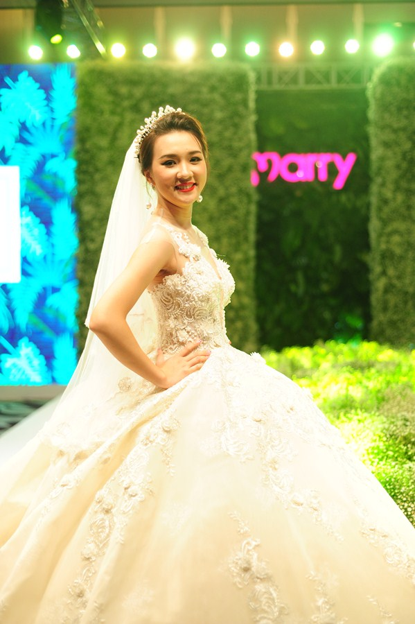 Gala-Marry-wedding-day-ha-noi-2016-mua-yeu-13
