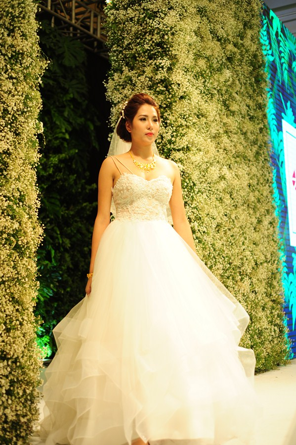 Gala-Marry-wedding-day-ha-noi-2016-mua-yeu-38