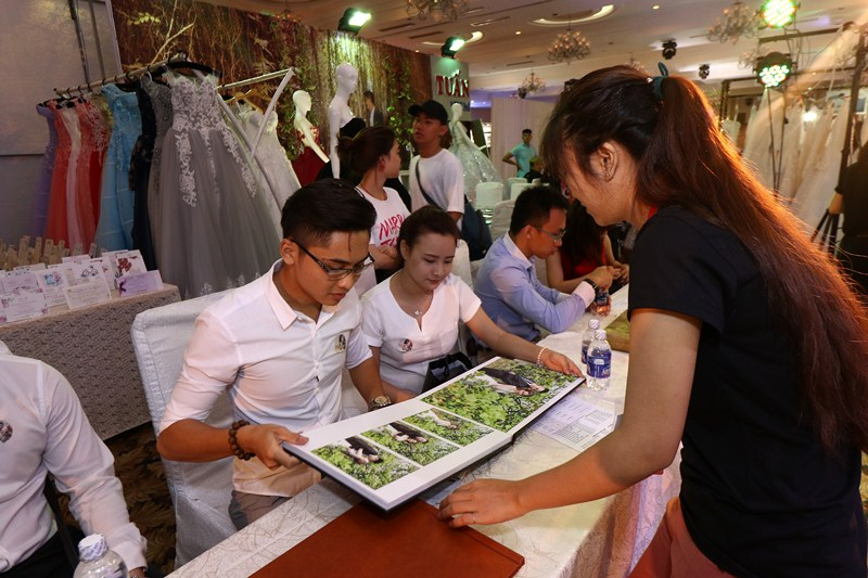 Hoat-dong-marry-wedding-day-2016-Tinh-Thu-11