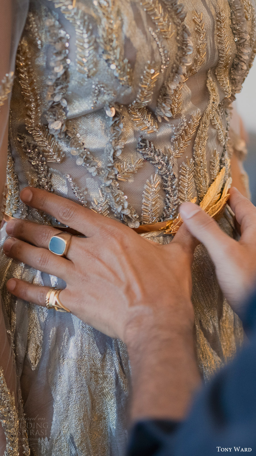 tony-ward-couture-fall-2016-savoire-faire-fitting-details-bodice-dress