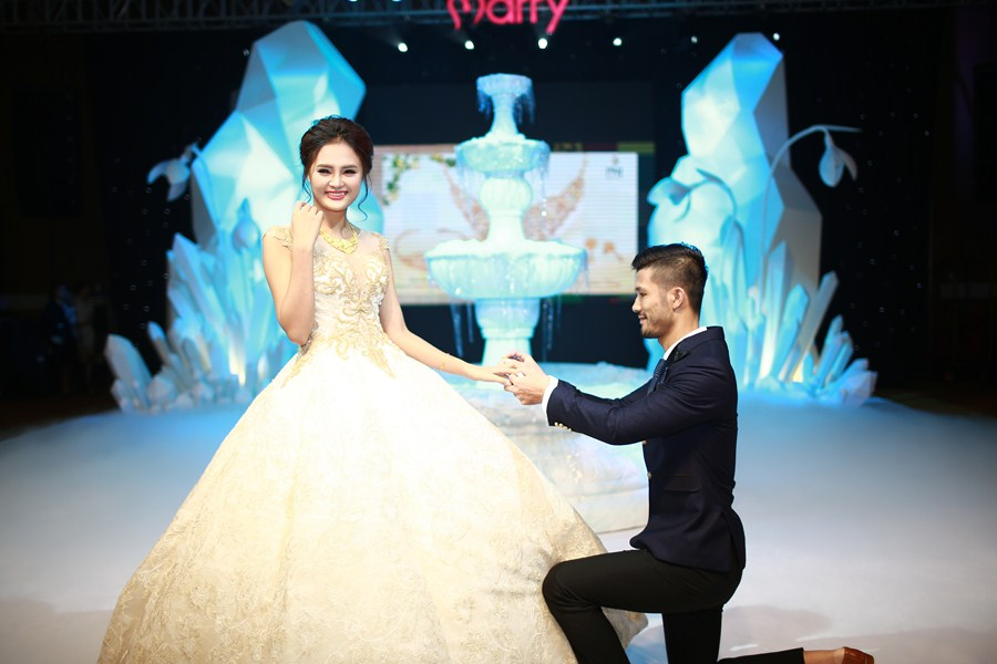 marry-wedding-day-ha-noi-2016-giot-yeu-dem-gala-44