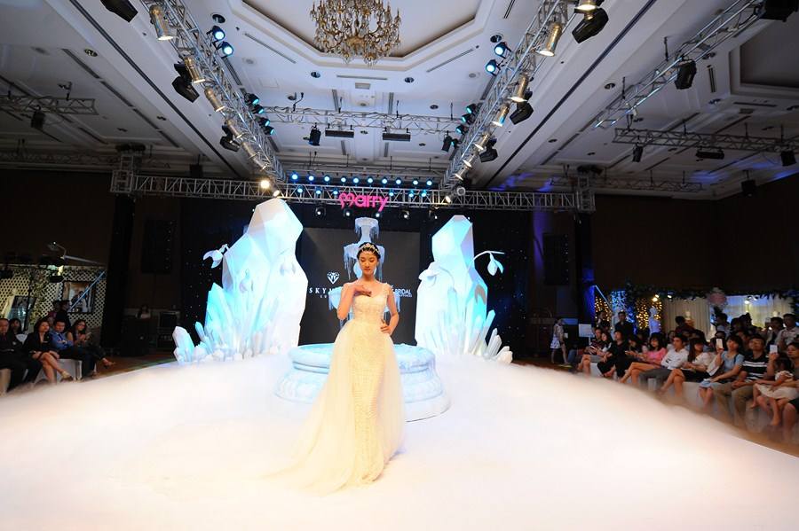 marry-wedding-day-ha-noi-2016-giot-yeu-dem-gala-53