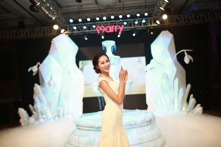 marry-wedding-day-ha-noi-2016-giot-yeu-dem-gala-29