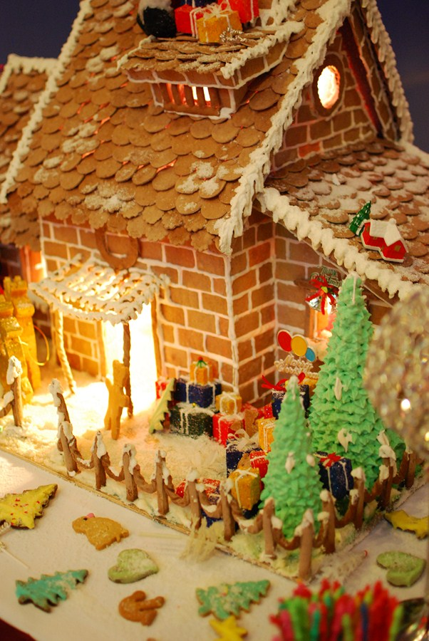ginger_bread_house-copy
