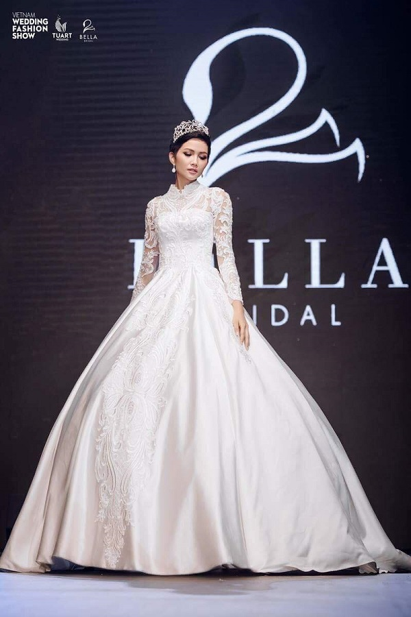 Vietnam Wedding fashion show (2)