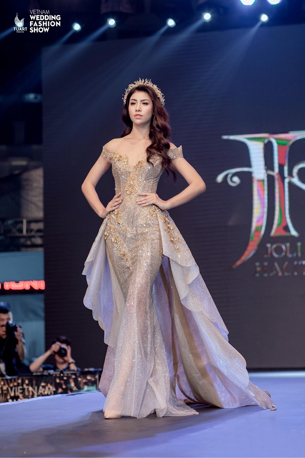 Vietnam Wedding fashion show (5)