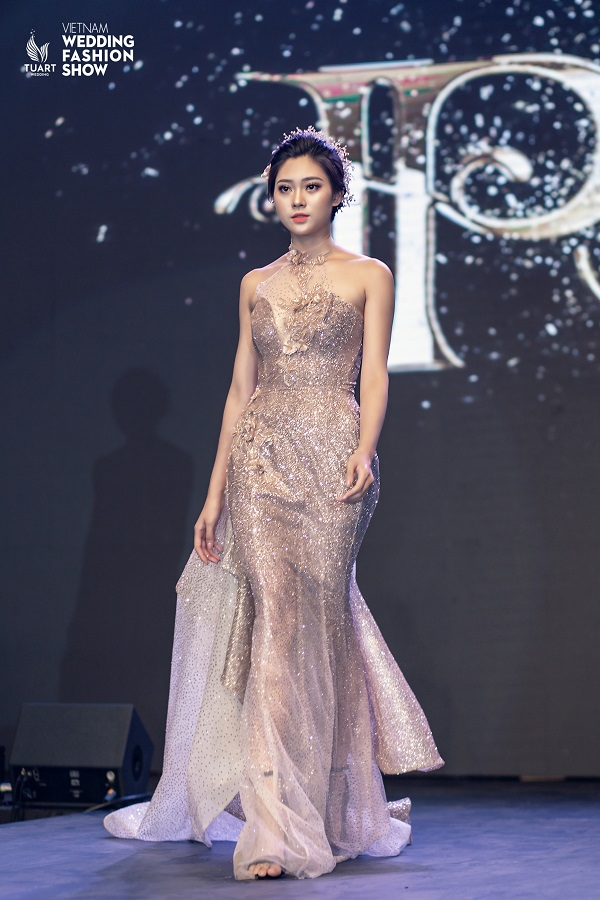 Vietnam Wedding fashion show (8)